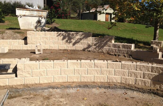 Retaining & Retention Walls-Richardson TX Landscape Designs & Outdoor Living Areas-We offer Landscape Design, Outdoor Patios & Pergolas, Outdoor Living Spaces, Stonescapes, Residential & Commercial Landscaping, Irrigation Installation & Repairs, Drainage Systems, Landscape Lighting, Outdoor Living Spaces, Tree Service, Lawn Service, and more.